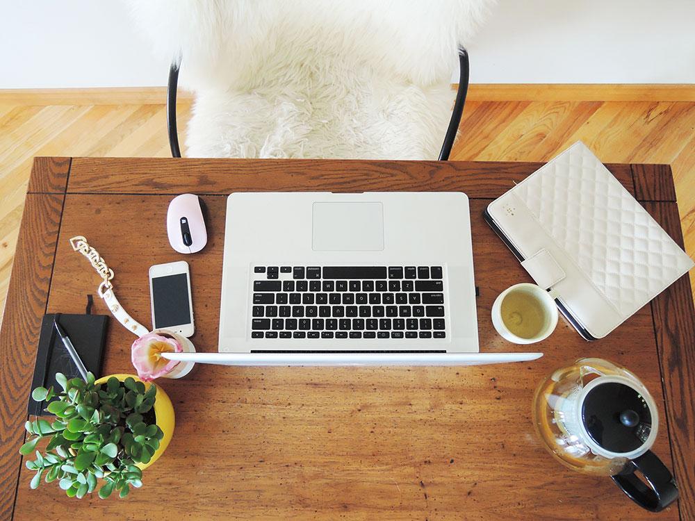 desk-above